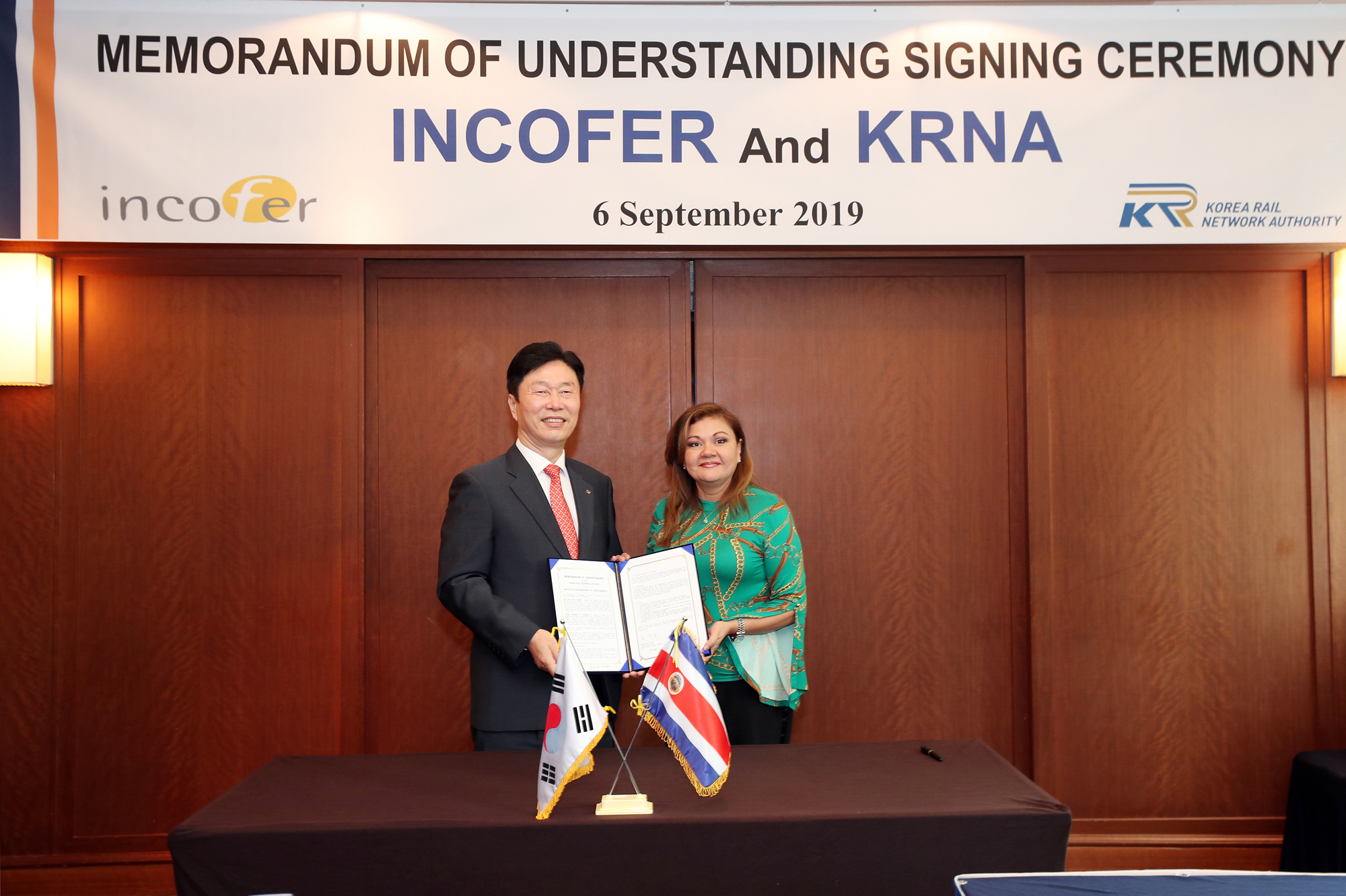 Executive President of Incofer visits to sign MOU between Korea and Costa Rica 사진